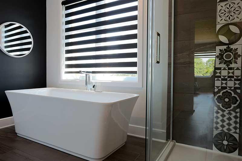 baignoire autoportante - salle de bain moderne