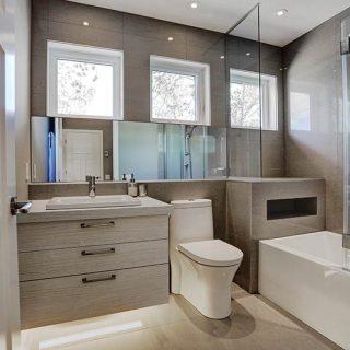 petite salle de bain - Vaudreuil-Dorion