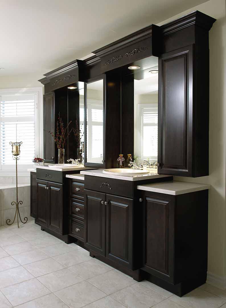 Meubles et armoires de salle de bain en bois